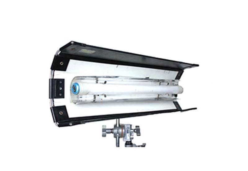 Kino flo 1 tubo 2 ft per sito Ouvert
